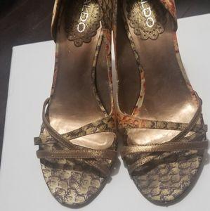 Aldo size 8 shoe